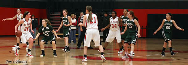 Memorial Spartans Girls vs Sun Prairie Cardinals
